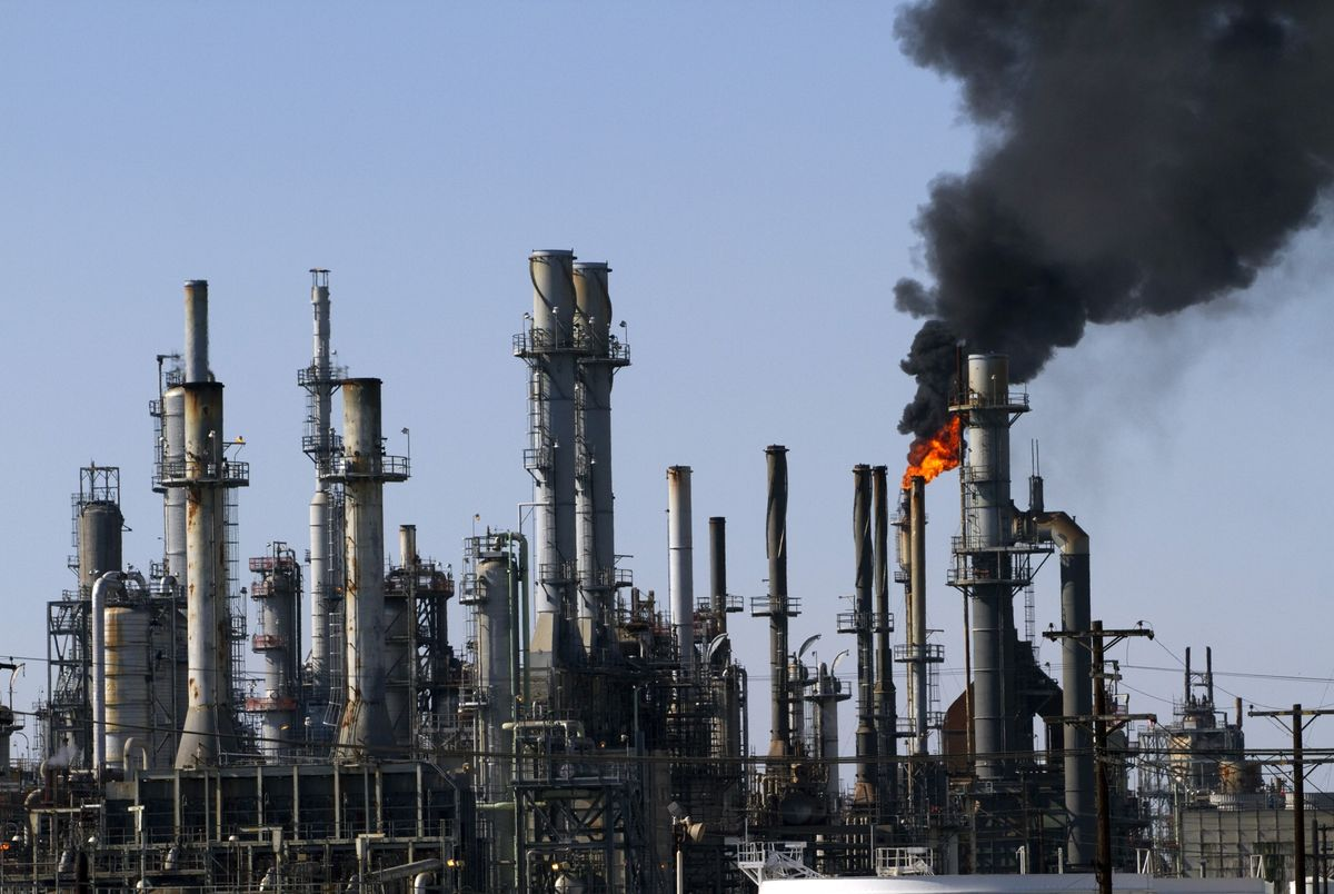 California's Dirty Oil Gets Pricey Amid Venezuela Sanctions