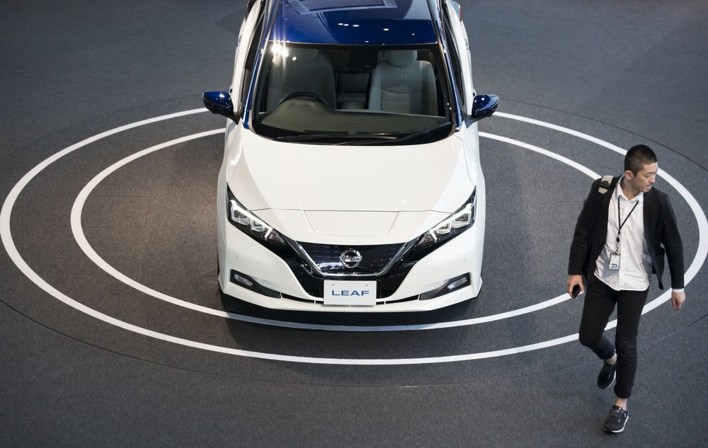 Nissan S Electric Car Future In Peril With Carlos Ghosn In Jail