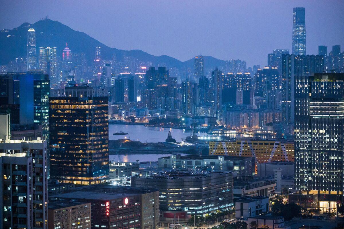 Hong Kong Bull Market Found Dead in a Posh Flat