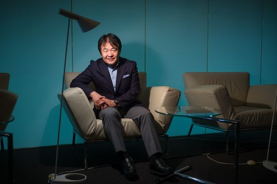 Takenaka Urges Japan's Suga to Make Mark With Quick Progress