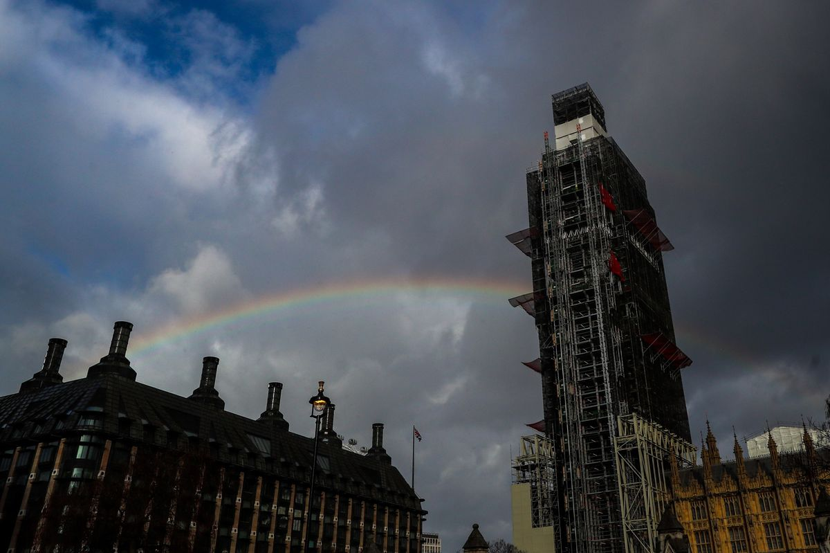 U.K. Plc Counts Cost of Brexit as Politicians 'Chase Rainbows'