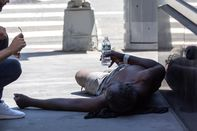 New York Heat Wave Nears Its Sweaty Peak As Northwest Highs Ease