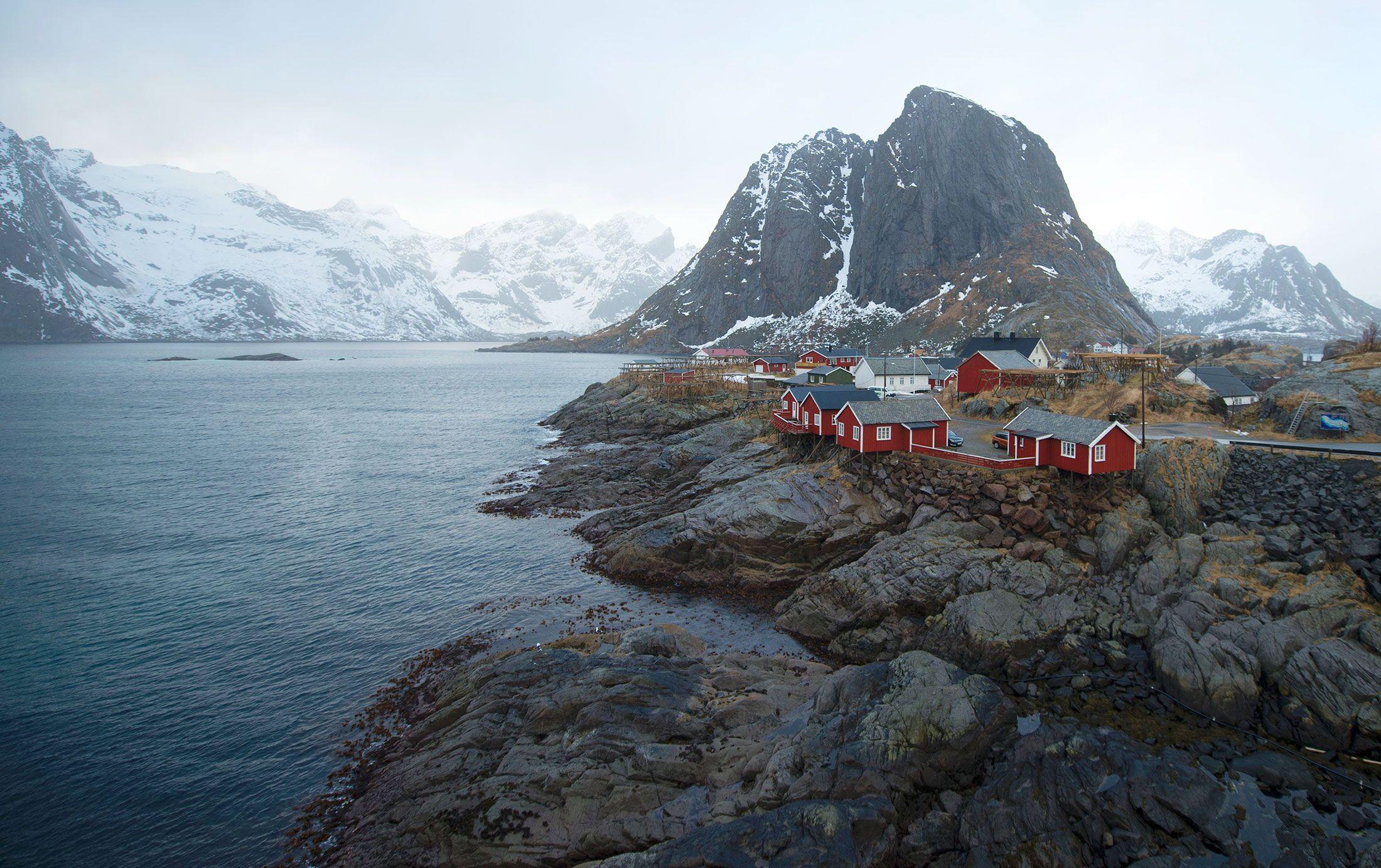 Big Oil's Dream of $65 Billion Hidden Off Norway Is Fading Away thumbnail