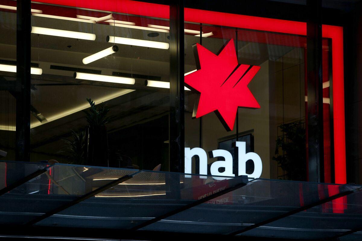 As NAB Seeks CEO, Australian Bankers Lower Salaries a Hurdle - Bloomberg