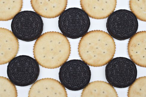 PepsiCo Snacking on Mondelez Tastes Good to Investors