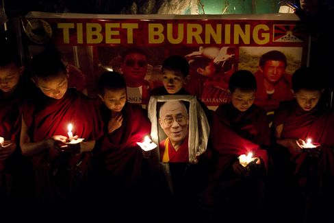 Chinese Police Fire on Tibetans as Violent Protests Spread