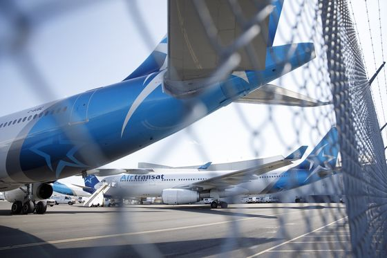 Transat Drops With Air Canada Takeover Now in Jeopardy