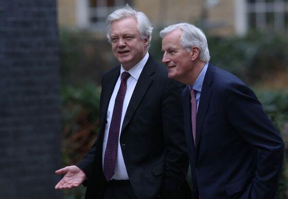 U.K. Gives Post-Brexit Terrorism Warning as EU Consults Macron