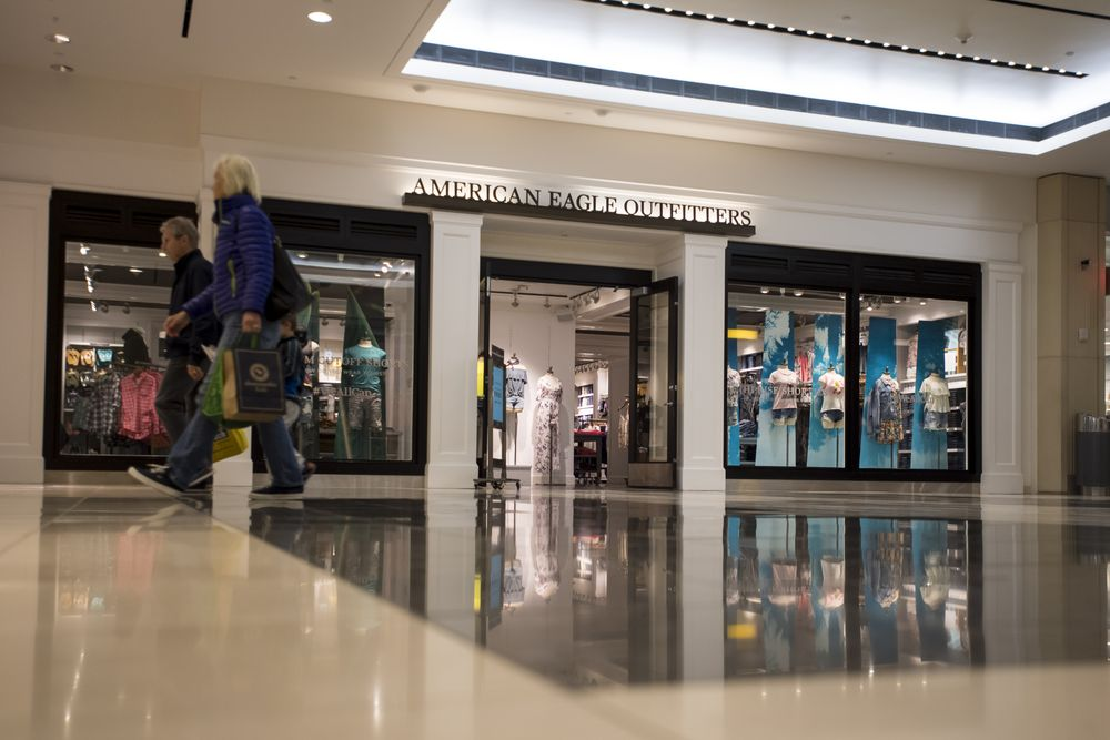 3cf3d35fbc1 american eagle outlet American Eagle Among Winners of New Fashion Trend