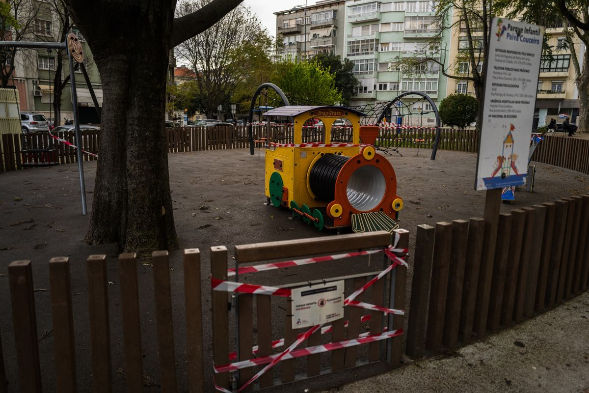 Portugal Will Keep Schools Closed During April, President Says