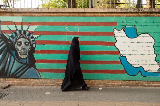 Turkey, Iran, Russia All FeelSanctions Pain: Weekend Reads