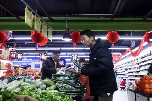 China Still Has a Long Way to Go to Build a Service Economy