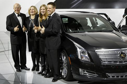 GM CEO Dan Akerson and His Family