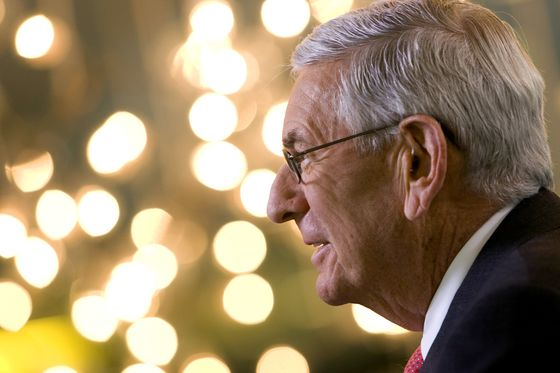 Eli Broad, Los Angeles Philanthropist With Art Trove, Dies at 87