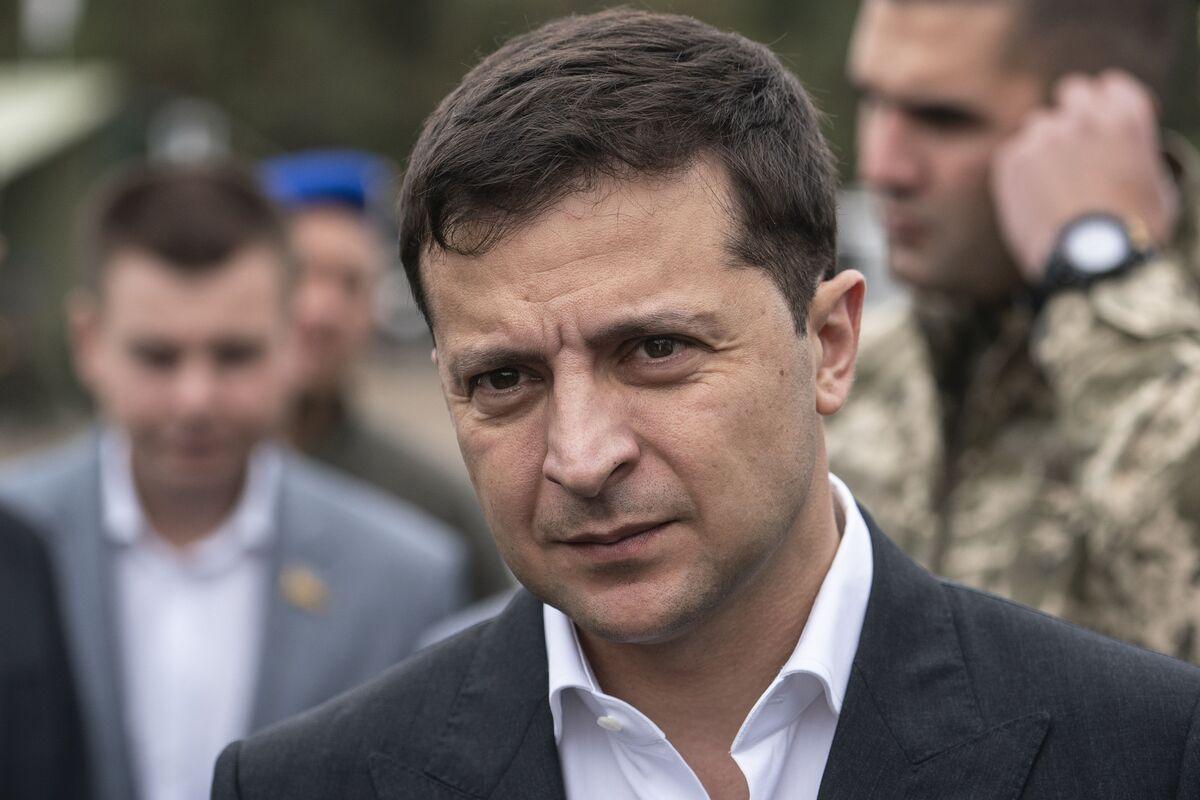 Ukraine Peace Talks Get Breakthrough as Kyiv Accepts Compromise
