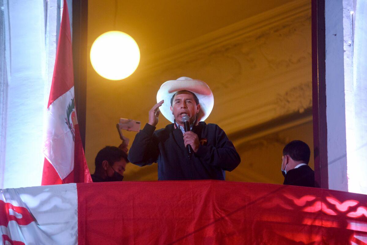 Leftist Castillo Faces Divided Nation as Next Peru President