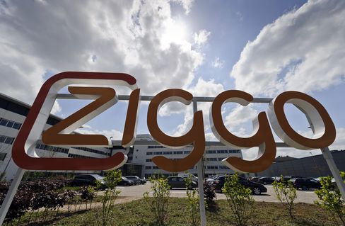 Ziggo Raises $1.1 Billion in IPO Selling at Top End of Range