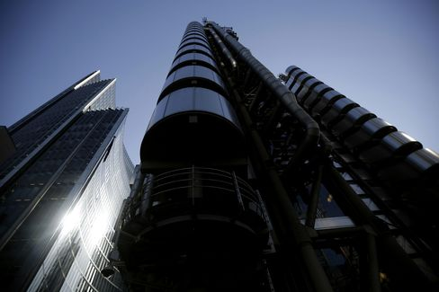 Lloyd's of London Struggles to Raise Rates After Worst Year