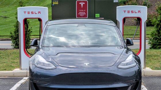 Tesla Probe Ushers In Get-Tough Era at Auto-Safety Watchdog
