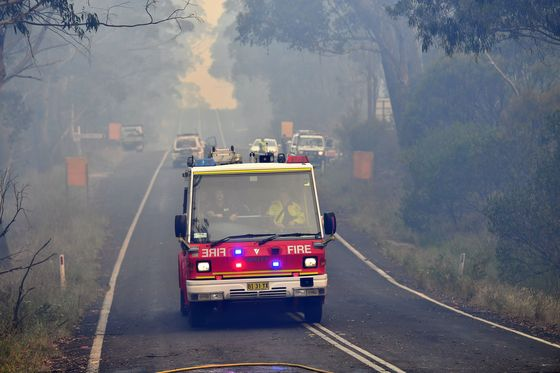 Wildfire Emergency Declared as Heatwave Grips Australia