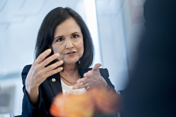Warren Blasts Fed Nominee Judy Shelton for 'Radical Statements'