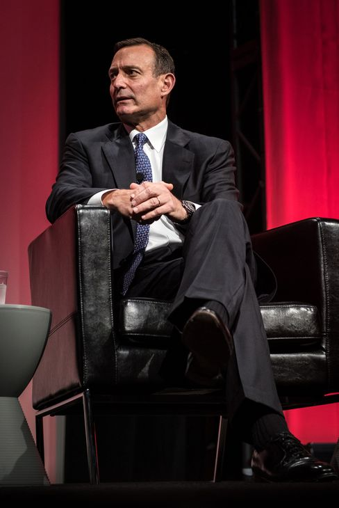 Pimco CEO Douglas Hodge