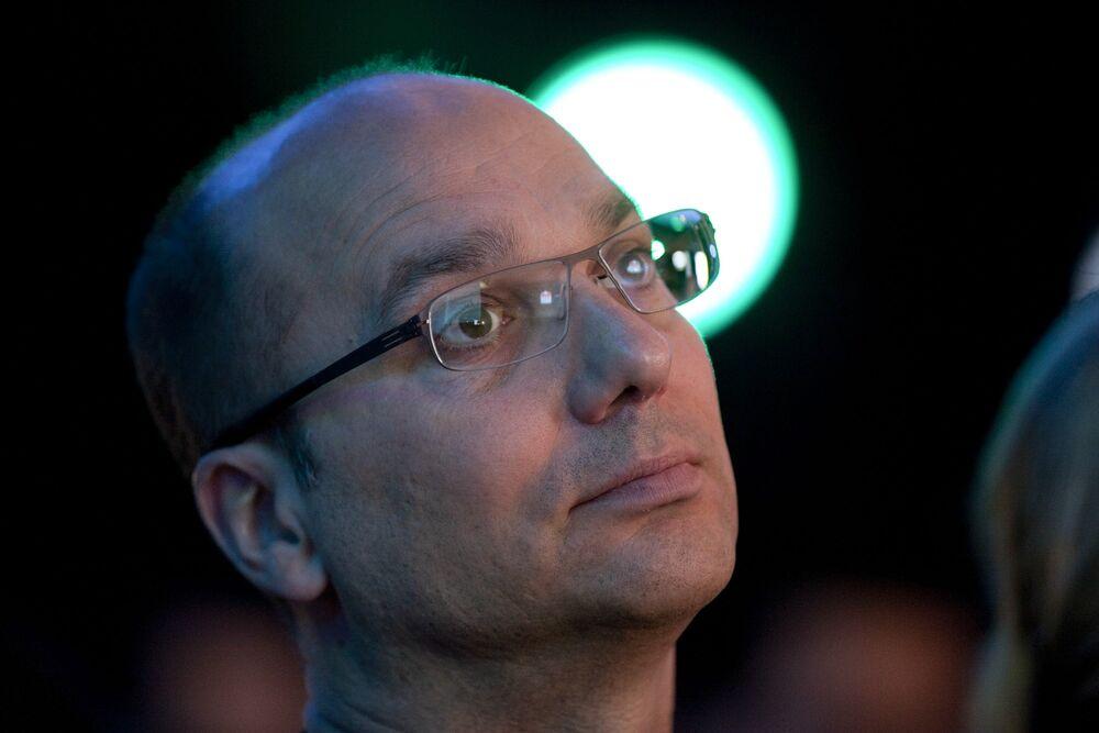 Ex-Google Star Rubin Spars to Keep Divorce Fallout Secret
