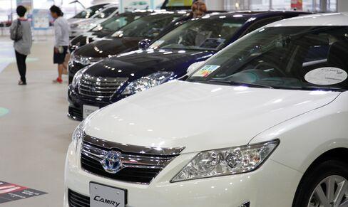 Japan's Economy Emerges From Post-Quake Slump on Exports