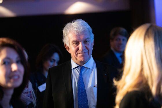 Amundi Buys SocGen's Lyxor in Bid To Reshape Europe's ETF Sector