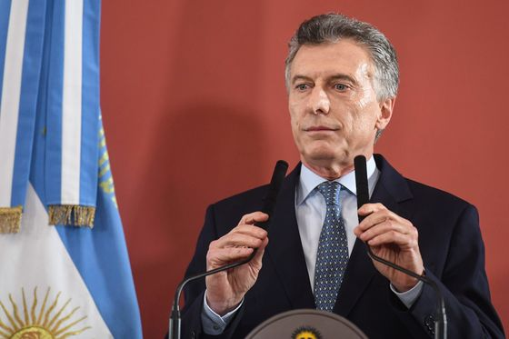 Natural Gas Fiasco Shows It's a Hard Balancing Act in Argentina