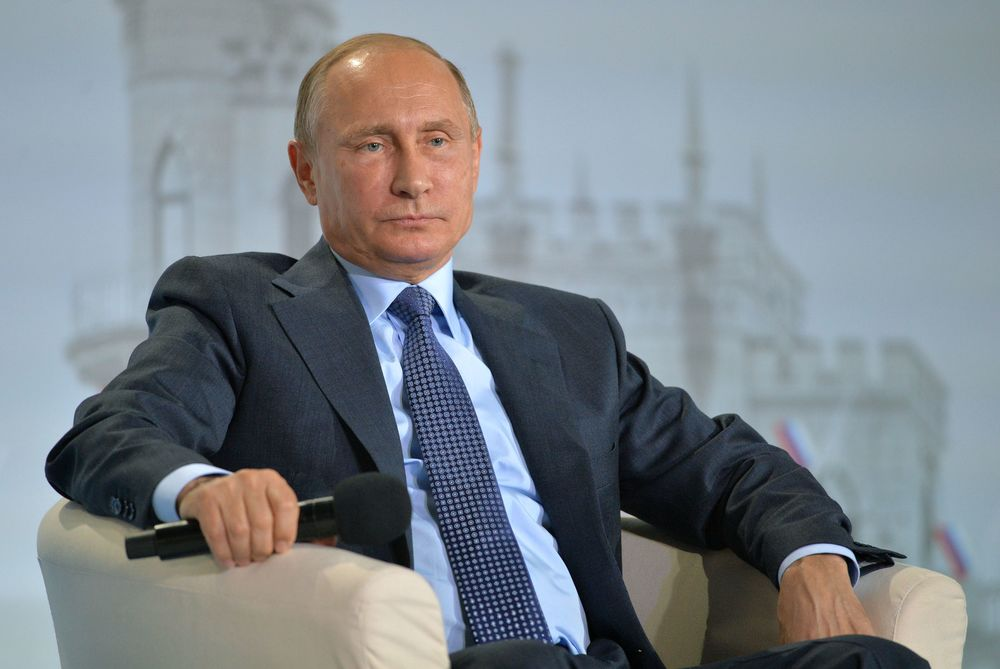 Vladimir Putin Is Paying Now for Crimea: Weekend Edition