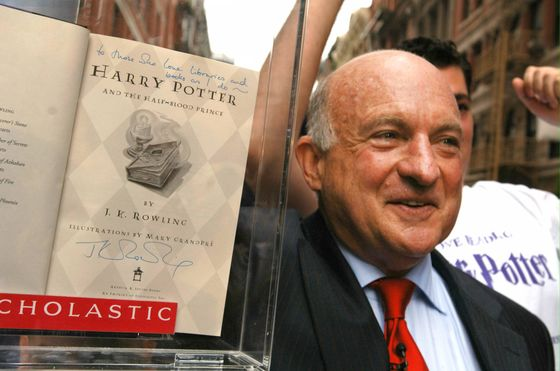 Scholastic's Robinson, Publisher of Harry Potter, Dies at 84
