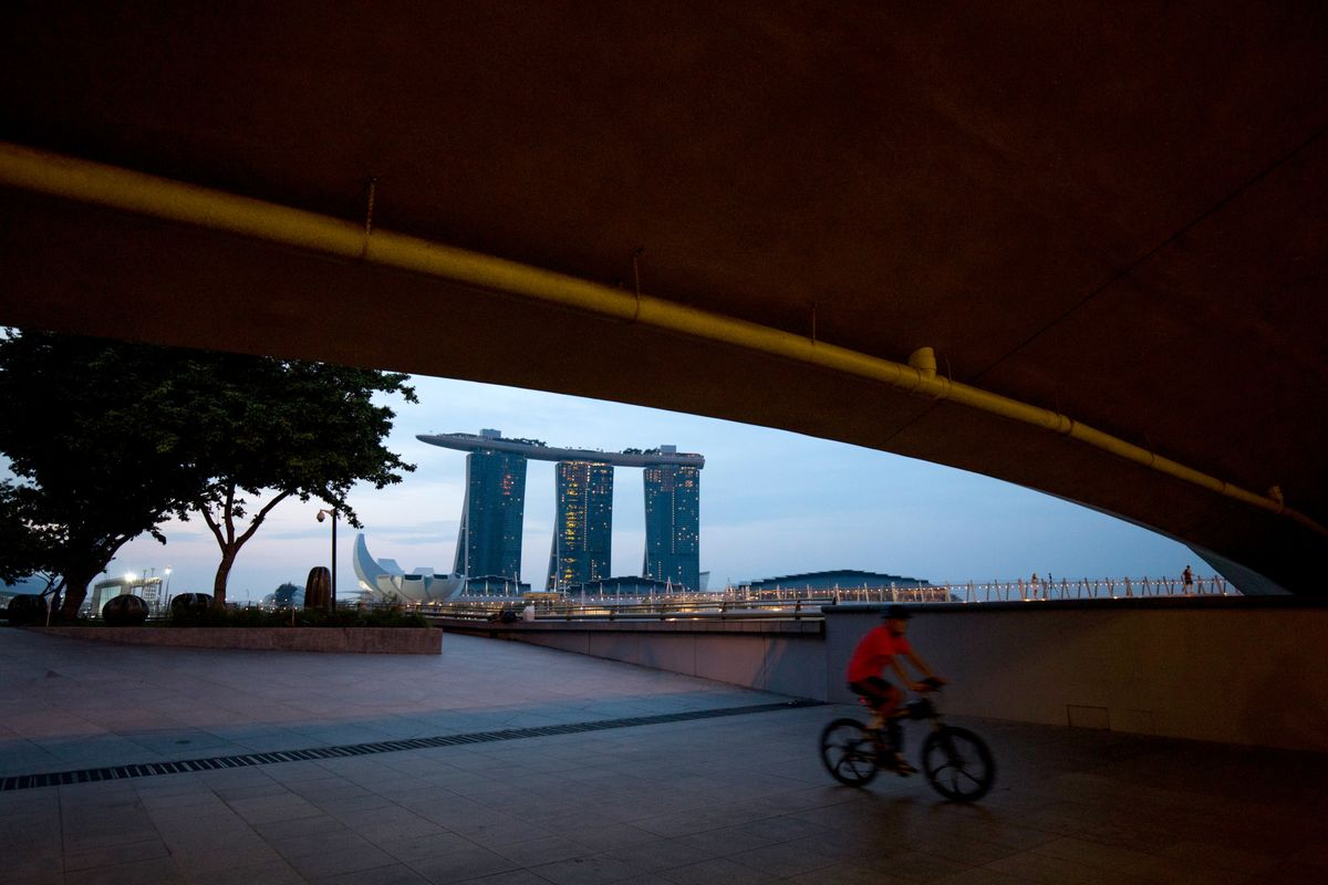 Singapore's Economy Will Slow in 2019, Says Central Bank