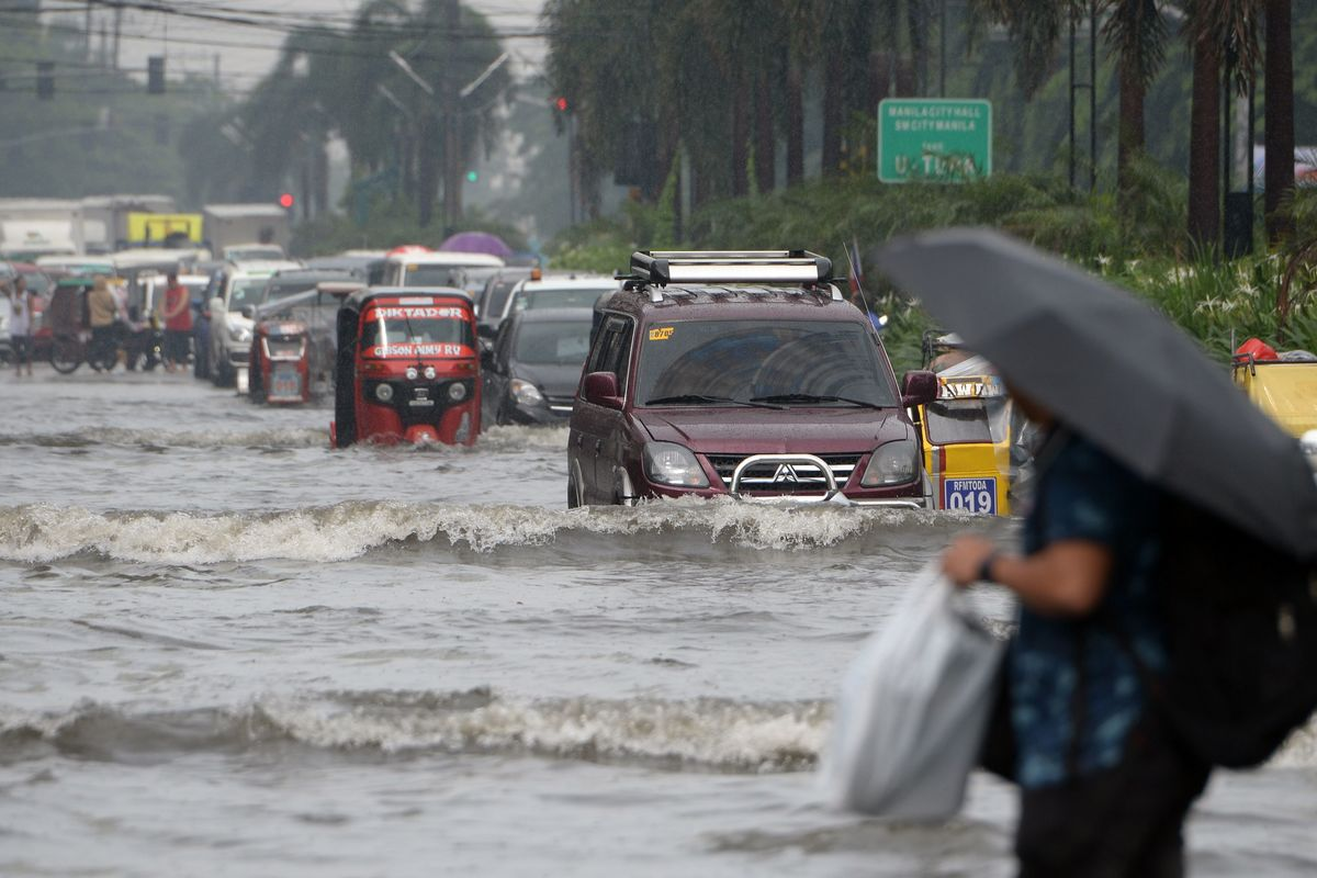 Philippines to Move Coin Factory Outside Flood-Prone Manila