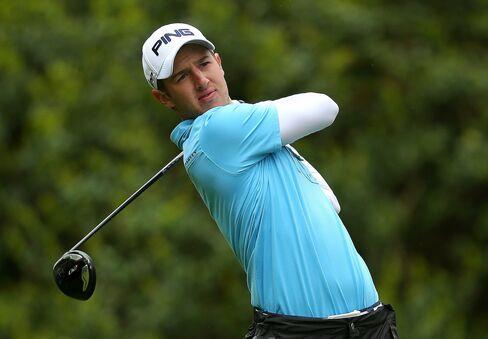 Golfer Derek Ernst