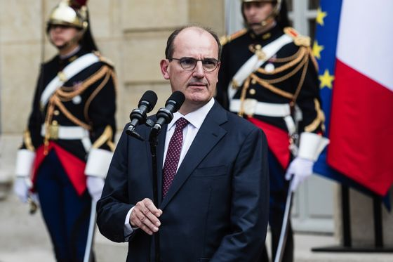 France to Give Families 580 Million Euros to Pay Energy Bills