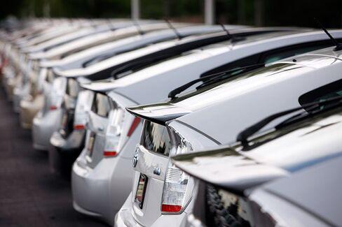Shinzo Abe Is the World's Best Car Salesman