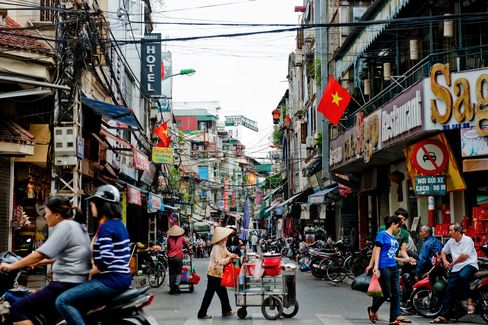 Vietnam Will Struggle to Meet 2012 Growth Target
