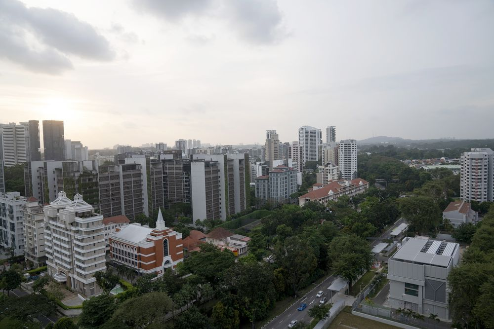 Singapore Rich Kids End Up With Penthouses as Parents Skirt