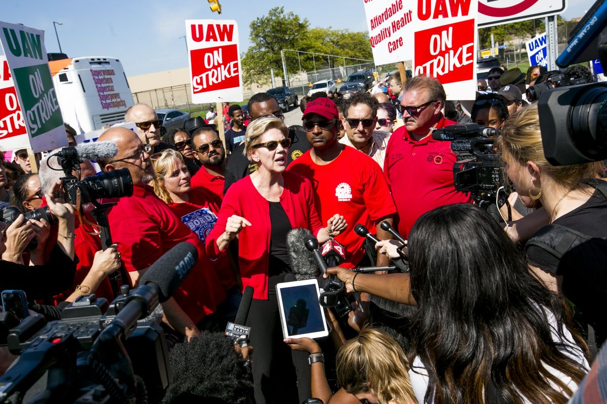 Elizabeth Warren Unveils Labor Plan to Vastly Expand Workers' Rights