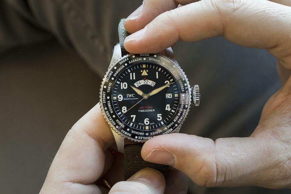 94ee07b96cd Pilot s Watch Timezoner Spitfire Edition