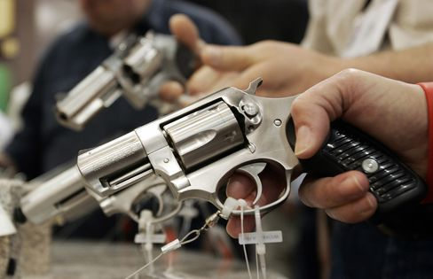 Guns-to-Work Laws Spread in U.S. as Businesses Fight NRA