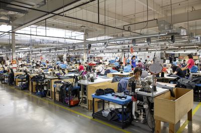 canada goose factory toronto