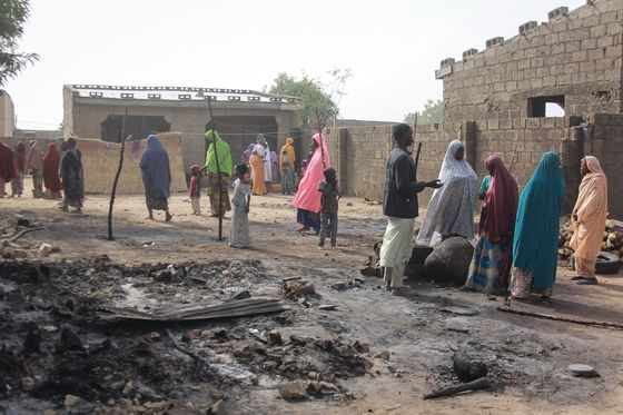 UN Says Tens of Thousands Flee Extremists Attacks in Nigeria