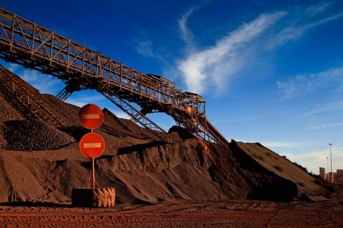 Anglo American Seen Takeover Bait by Glencore-Xstrata