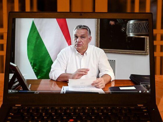 Hungary PM Viktor Orban Seeks to Cement Rule With Midnight Legislative Raid