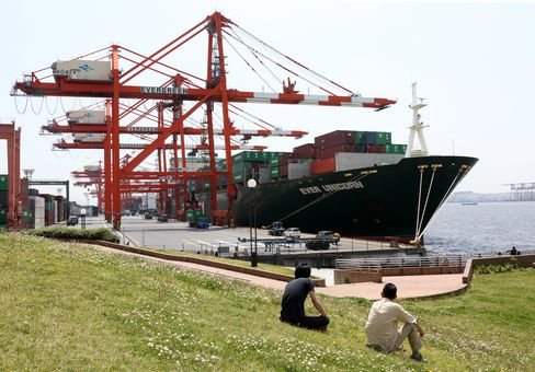Yen's Slump Too Little Too Late to Halt Japan Inc.'s Move Abroad