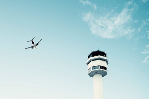 Should the U.S. Get Out of the Air Traffic Control Business?