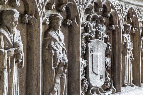 One of the mock-Tudor details.