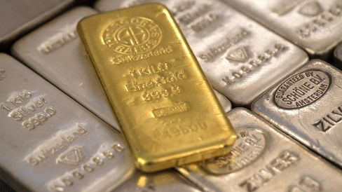 Gold Losses Pale Beside Silver's Two-Year Drop